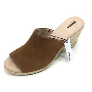 Sonoma Womans 109026 Whiskey Suede Wedge Sz.9M